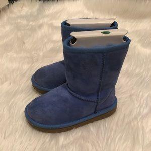 Girls Ugg Classic Short Boot